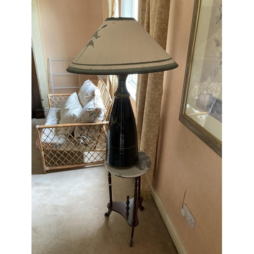 27 - A modern circular marble top Lamp Table, a large stoneware modern Table Lamp 37'' (94cms) and a pair...