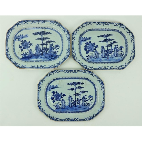33 - A good set of three Nankin Chinese porcelainblue and white Platters, decorated with trees and shrub...