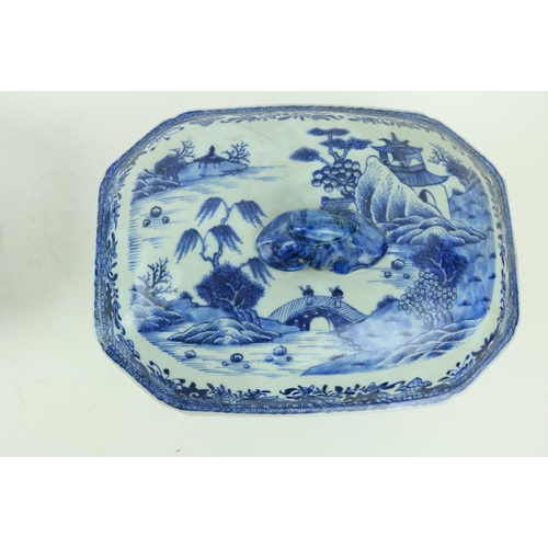 40 - A pair of Chinese blue and white Nankin Soup Tureens and Covers, decorated with boats, figures and p...