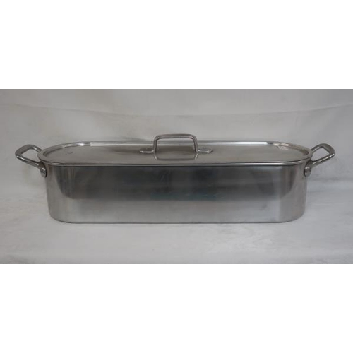 16 - A steel fish kettle with liner, 72 cms long.