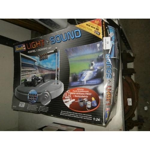42 - Light and sound F1 diorama set...