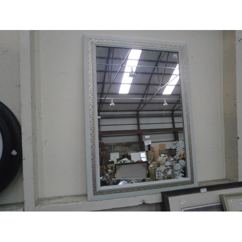 43 - Decorative mirror...