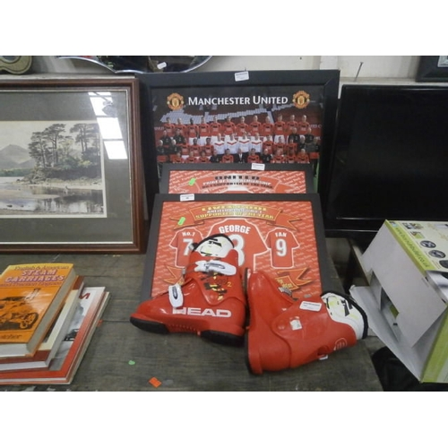 48 - Manchester United framed team photo, Two lap trays and pair of Head ski boots...