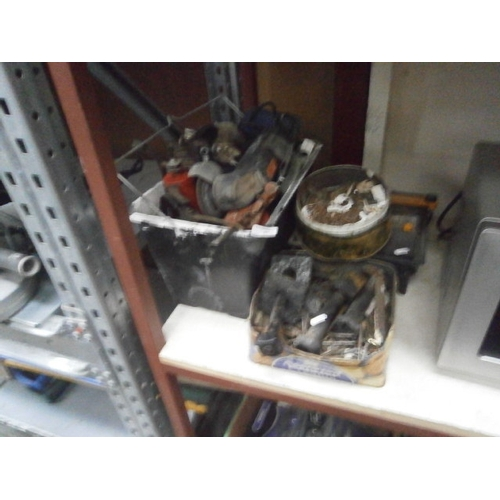 31 - Lot inc power tools and hardware...