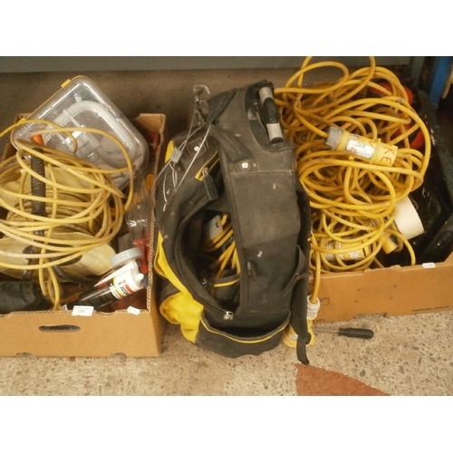 239 - Lot inc extension cables, Stanley tool bag, jigsaw, tools, etc...