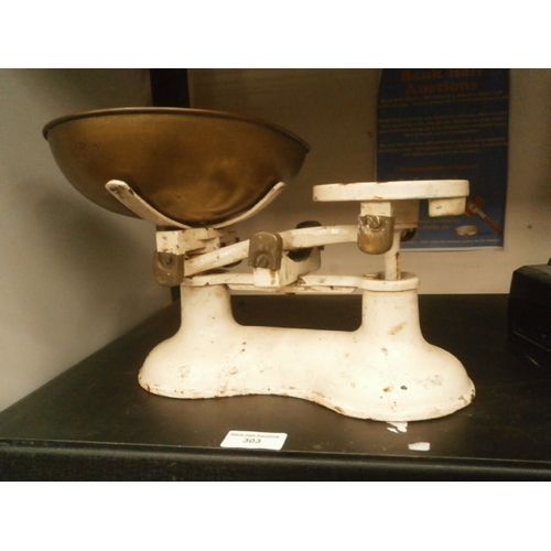 303 - Set of old kitchen scales...