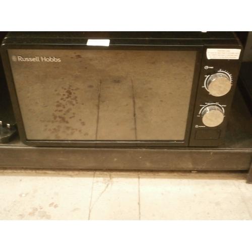 37 - Russell Hobbs microwave...
