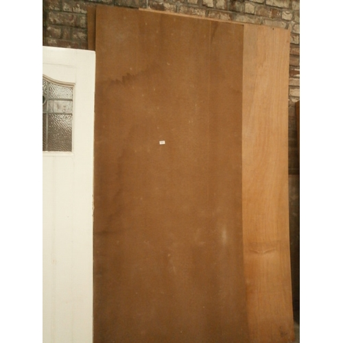 674 - Quantity of large sheets of ply and hardboard...