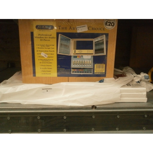 8 - Lot inc Professional wooden art studio and three blank canvases...