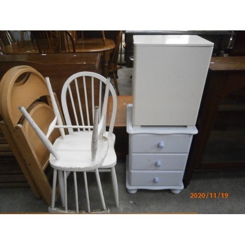 683 - 2 x painted spindle back chairs, a small linen box and a 3 drawer chest...