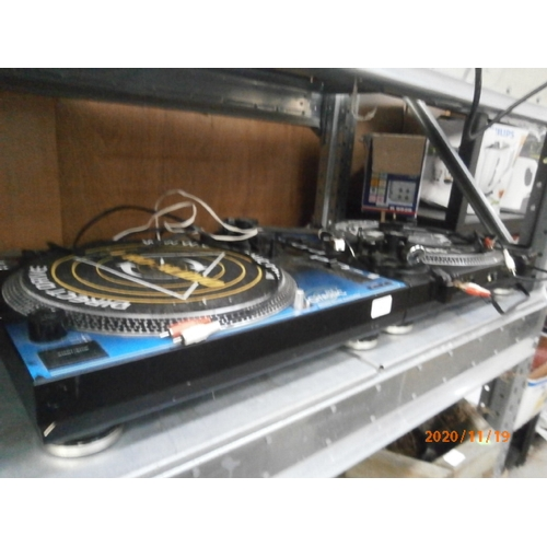 9 - Two DJ Pro-drive Citronic turntables both power up one as found...