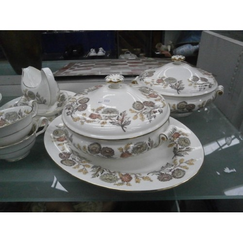 416 - Large quantity of Wedgwood Lichfield tableware...