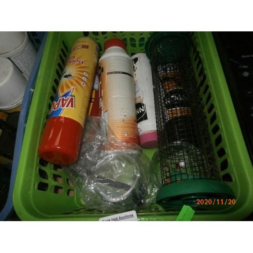 200 - Lot inc hardware, maintenance chemicals, plastic buckets, etc...