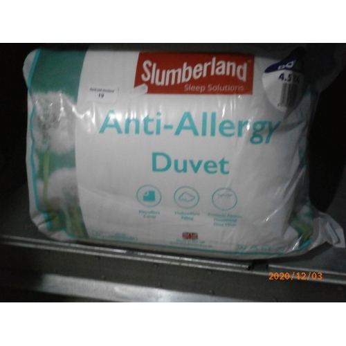 19 - Slumberland Double 4.5 tog Anti allergy duvet...