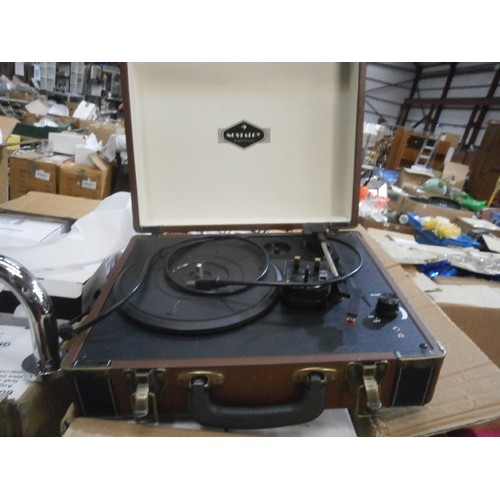 23 - nostalgy record player new in box...