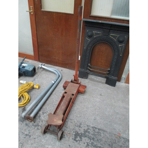 1030 - Epco heavy duty trolley jack. weight rating not visible....