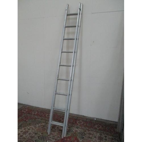 1036 - set of 9 rung extending ladders