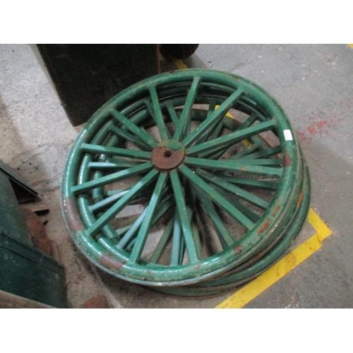 1050 - 4 metal rimmed cart wheels, 32 inch diameter