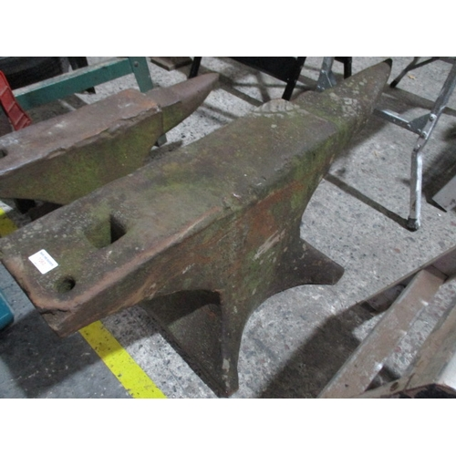 1060 - Anvil, 39.5 inches toe to heel...