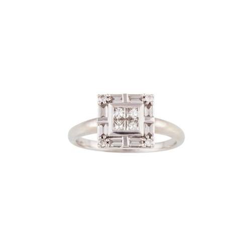 19 - A DIAMOND CLUSTER RING, mounted in 14ct white gold...