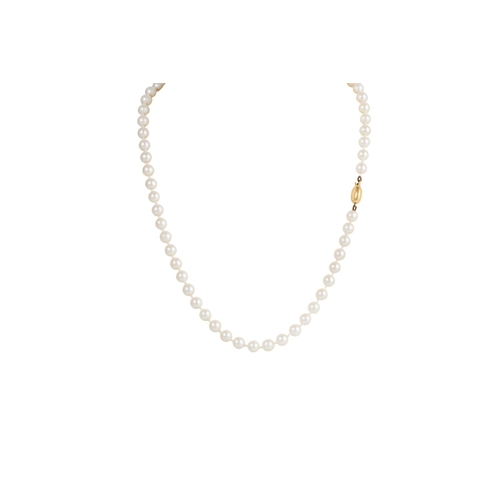 27 - A CULTURED PEARL NECKLACE, with 9ct gold clasp...