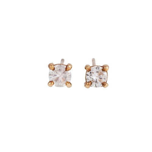33 - A PAIR OF SOLITAIRE DIAMOND EARRINGS, of approx. 0.50ct in total...