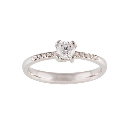 171 - A DIAMOND SOLITAIRE RING, mounted in 18ct white gold. Estimated weight of diamonds: 0.32 ct, size N...