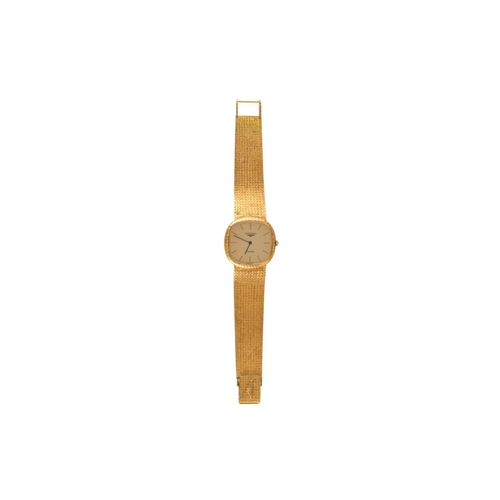 259 - A LADY'S 18CT YELLOW GOLD LONGINES WRIST WATCH, gold mesh link strap...