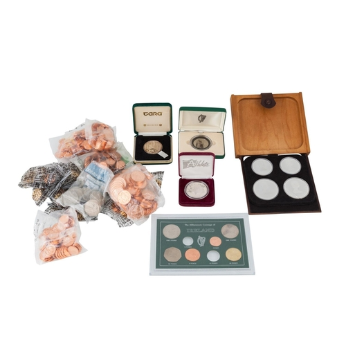 477 - A 1976 CASED SET OF FOUR PROOF CANADIAN STERLING SILVER COINS, 6 oz, together with a US 1995 silver ...