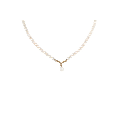23 - A PEARL NECKLACE, to a drop pearl pendant, 9ct gold clasp...