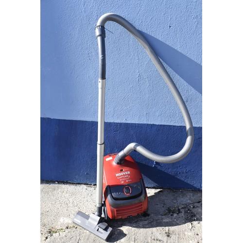96 - HOOVER VACUUM CLEANER