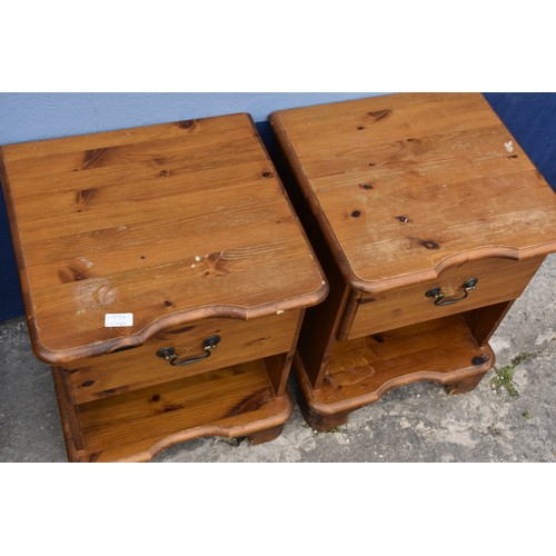 165 - A PAIR OF PINE SINGLE DRAWER BEDSIDES