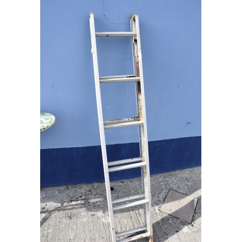 54 - A SMALL 2 TIER EXTENTION LADDER