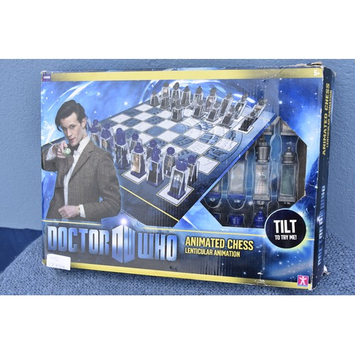 380 - A DOCTOR WHO CHESS SET