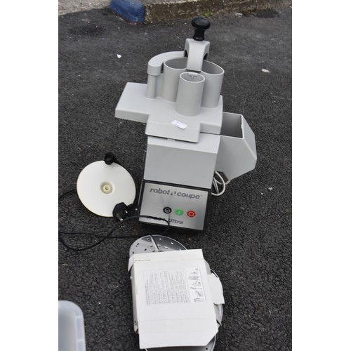 415 - A ROBOT COUPE INDUSTRIAL FOOD PROCESSOR