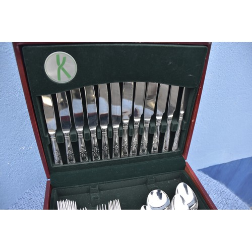 457 - A CANTEEN OF CUTLERY