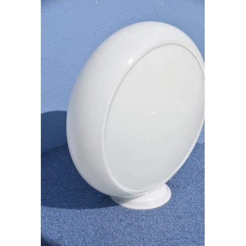 478 - A LARGE GLASS (NOT PLASTIC) PETROL PUMP GLOBE