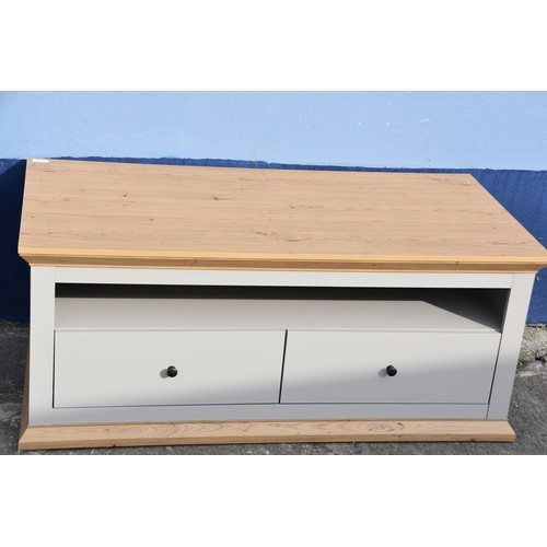 506 - GREY/OAK ENTERTAINMENT UNIT WITH DOUBLE DRAWERS 47.5 X 23.5