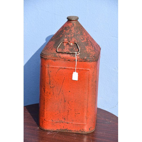 533 - RED SQUARE 5 GALLON OIL CAN