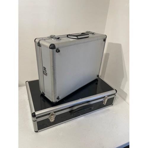 Flight Cases (2) Black 33cm x 37cm x 15cm / Silver 45cm x 33cm x 15cm
