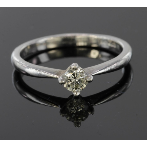 18 - Platinum Diamond set Ring approx 0.20ct weight size L weight 3.6g...