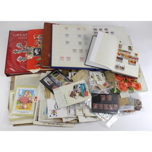 2405 - GB - small box of mixed material in stockbooks, albums, loose, etc.  (Qty)...