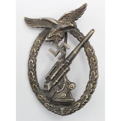 1023 - WW2 German Luftwaffe Flak Artillery Badge....