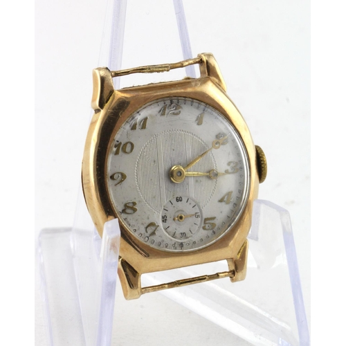 40 - Gents 9ct cased (hallmarked Chester 1928) wristwatch. The cream dial with gilt arabic numerals and s...