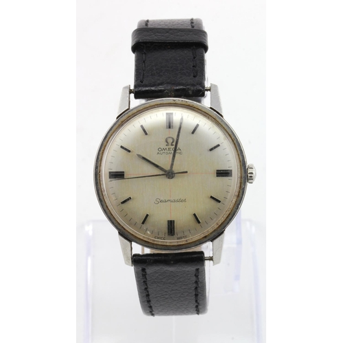 49 - Gents stainless steel cased Omega Seamaster automatic circa 1966. The silvered dial with black baton...