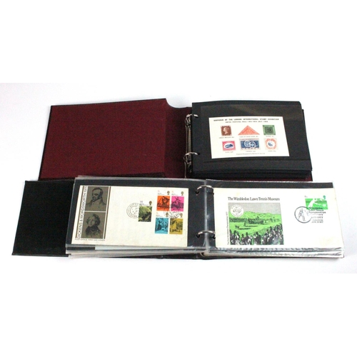 39 - GB - unmounted mint miniature sheet collection c1980 to 2007, several duplicated (FV £232 approx). W...
