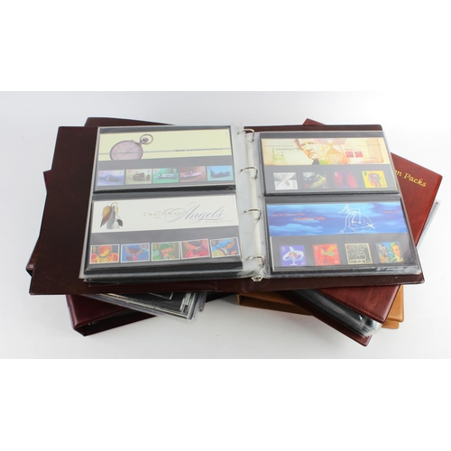 9 - GB - box with 5x Royal Mail Presentation Pack albums with approx 260 packs. Good selection of defini...