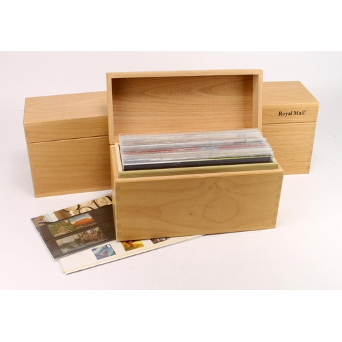 21 - GB - good Presentation Pack collection in 3x Royal Mail wooden display boxes, covering c1990 to 2008...