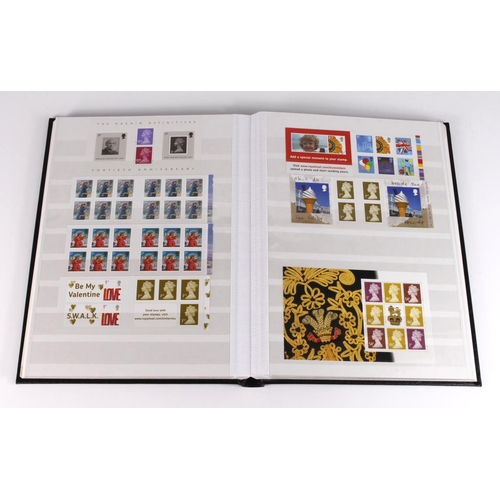 27 - GB - Modern Machin booklet and booklet pane collection in lighthouse stockbook. Machine counter and ...