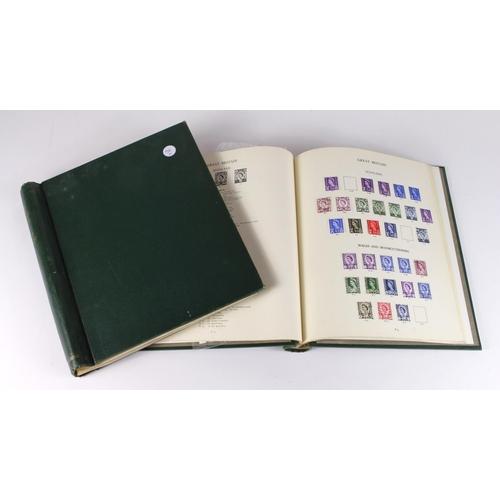 54 - GB - Windsor Albums x2, pre decimal and decimal volumes, 1d Black 1840 with 2 margins. Various 1d Re...